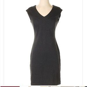 Ann Taylor Gray Houndstooth Sheath Dress
